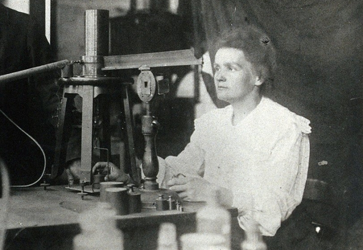 marie_and_pierre_curie(centre)_with_a_man